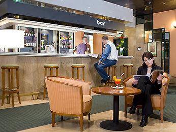 hotel ibis paris porte de bercy charenton le pont france. Black Bedroom Furniture Sets. Home Design Ideas