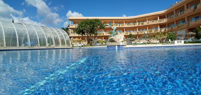 Hotel palia la roca benalm dena espagne for La roca espagne