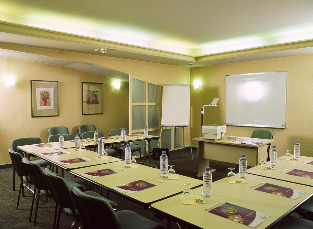 Hotel Citadines Paris Maine Montparnasse Paris 14e