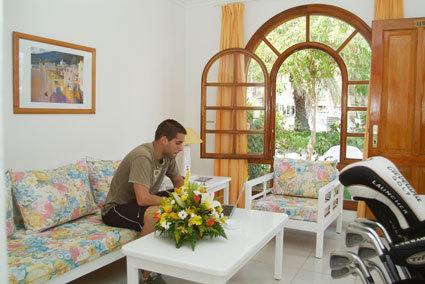 Hotel suite hotel jard n dorado san bartolom de tirajana espa a - Suitehotel jardin dorado ...