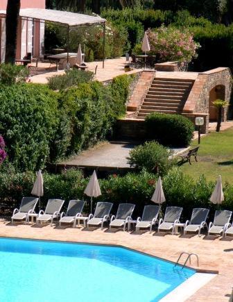hotel les jardins de sainte maxime var francia. Black Bedroom Furniture Sets. Home Design Ideas