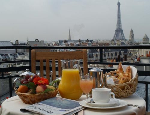 Hotel atala champs elys es paris 8e arrondissement for Boutique hotel paris 8e