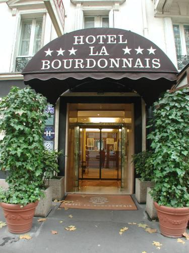 hotel la bourdonnais paris 7e arrondissement france. Black Bedroom Furniture Sets. Home Design Ideas