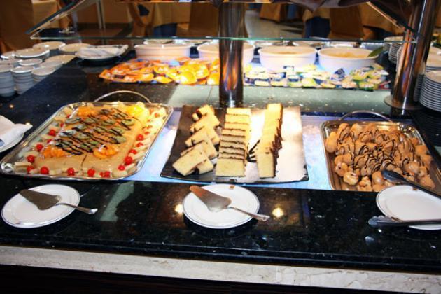Hotel Gran Luna Granada Spain Hotelsearch Com