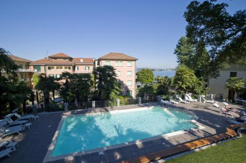 Salon de jardin ibiza beau rivage for Housse salon de jardin beau rivage