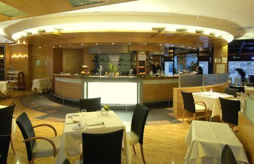 Hotel Nh Machiavelli Milan Italy Hotelsearch Com