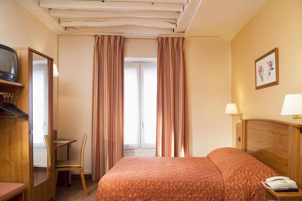 Hotel Timhotel Le Louvre Paris 1er Arrondissement France