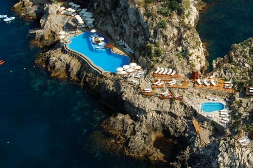 Hotel Atahotel Capotaormina Taormina Italy Hotelsearch Com