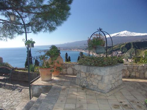 Hotel Bel Soggiorno, Taormina, Italy   HotelSearch.com