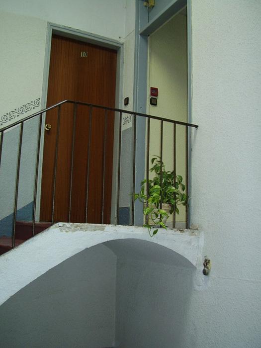 hostel santa teresa reus spanien. Black Bedroom Furniture Sets. Home Design Ideas