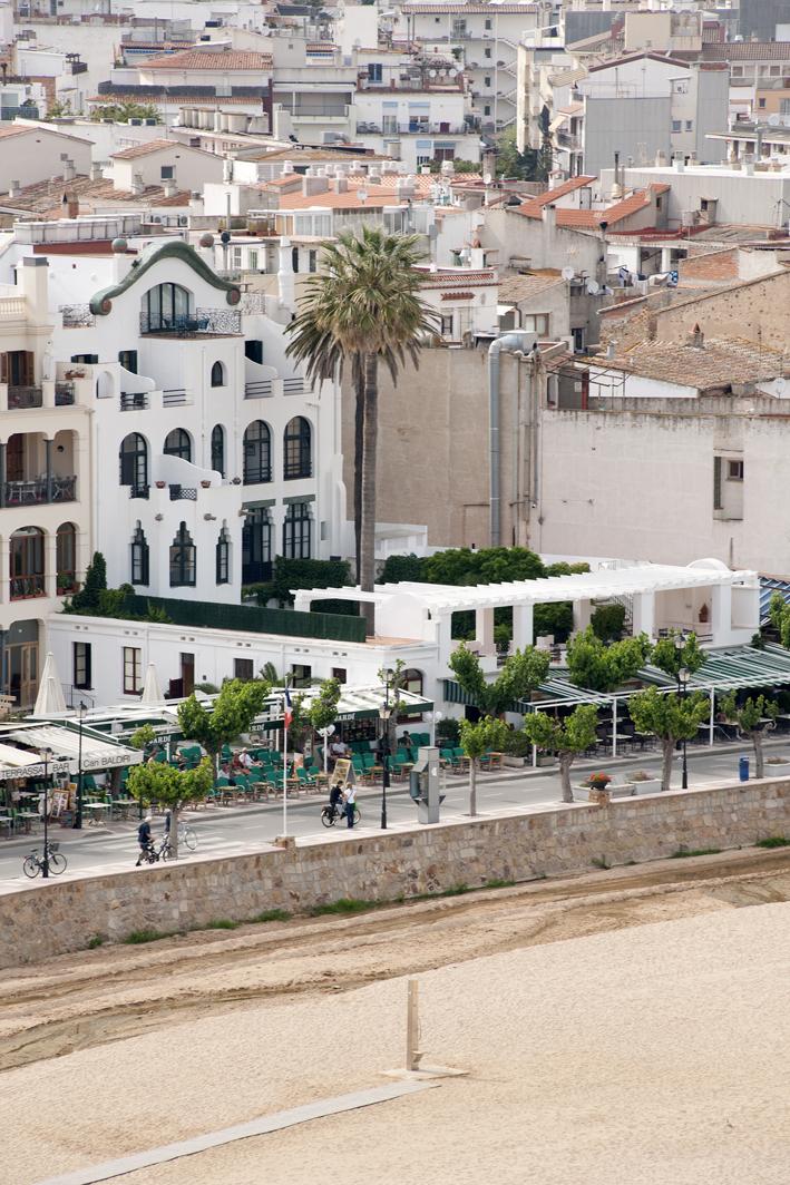 Hotel diana tossa de mar spain for Hotel search